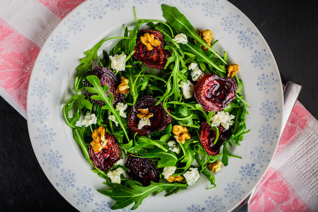 Roasted Beet and Goat Cheese Arugula Salad